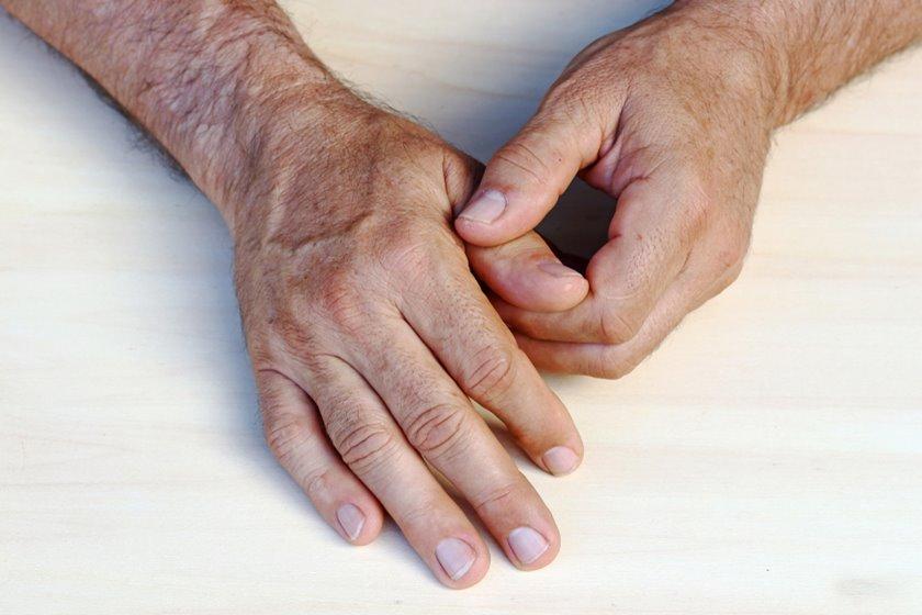 articulațiile degetelor mici pe picioare doare