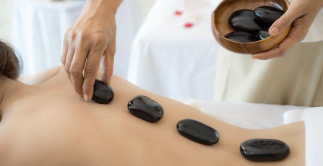 articulații ale unui terapeut de masaj