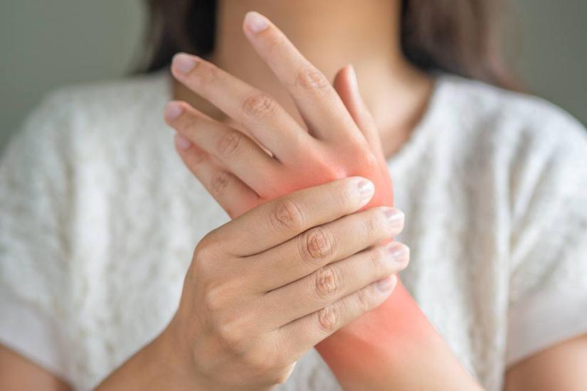 degetele artritei