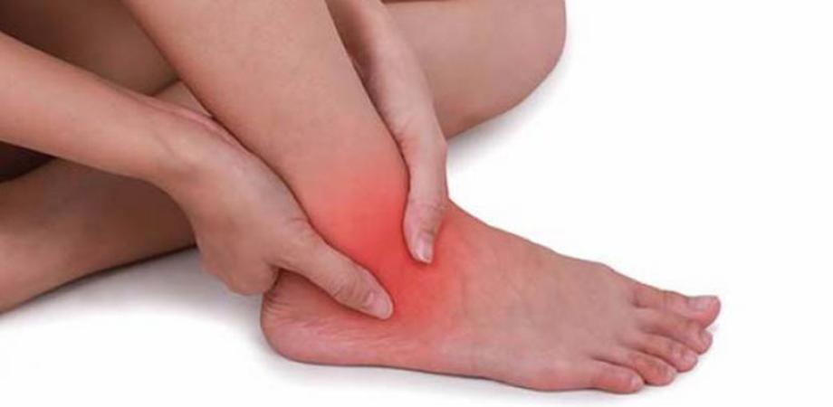 dureri articulare la gleznă în timpul mersului dacă articulațiile din degete doare