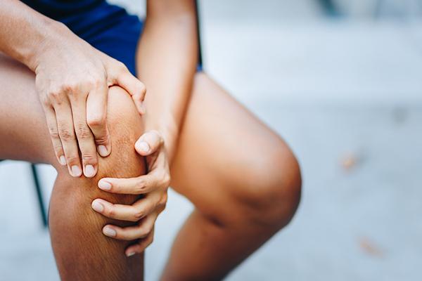 se ridică picioarele cu inflamație articulară