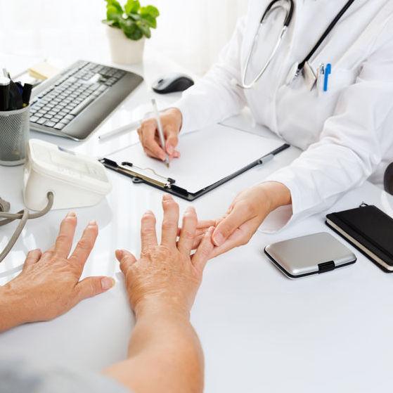 radiografie a genunchiului în artrită este posibil să încălziți articulațiile dacă se doare