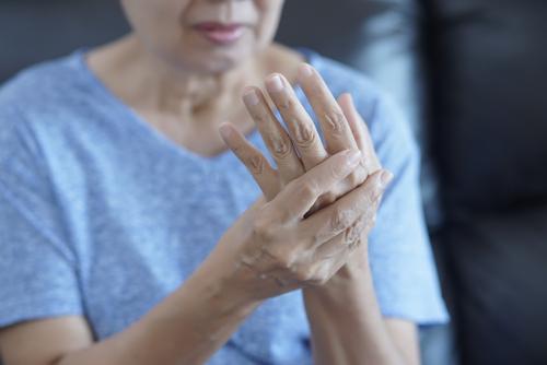 trata artroza cu un ortoped tratamentul articulațiilor șoldului colic