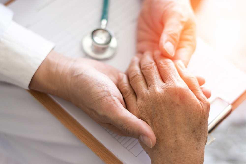 artrita pe mâinile unguentului dureri articulare severe noaptea