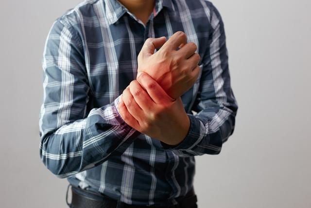dureri severe la genunchi și articulația gleznei durere în articulația falangelui degetului mic