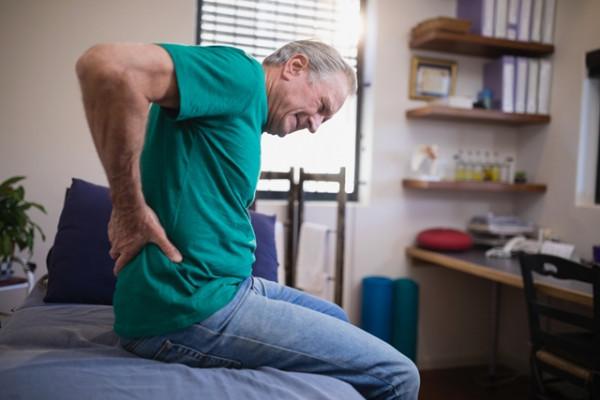 durere în articulațiile șoldului după o plimbare lungă