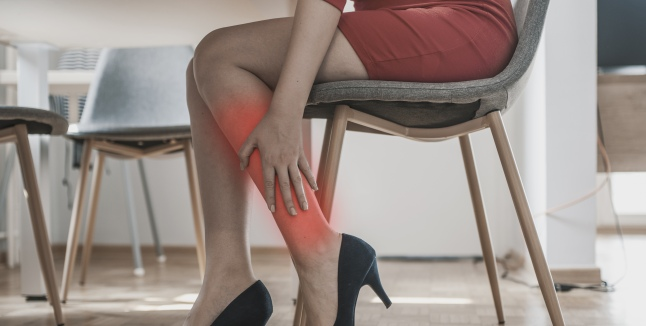Dureri ascuțite până la genunchi atunci când mergeți - Posts navigation