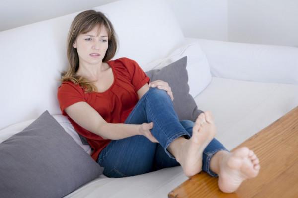 Durerea Articulatiilor - Tipuri, Cauze si Remedii - Articulațiile pe picioare durere psihozomatică