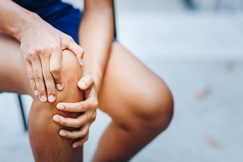 dureri de genunchi după mers