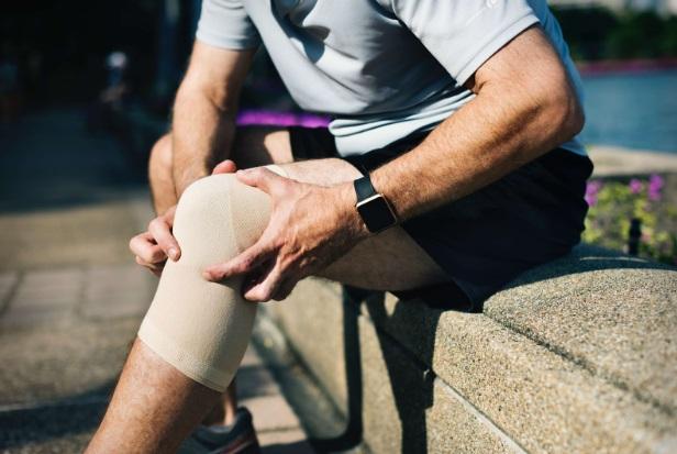 blocarea durerii la genunchi